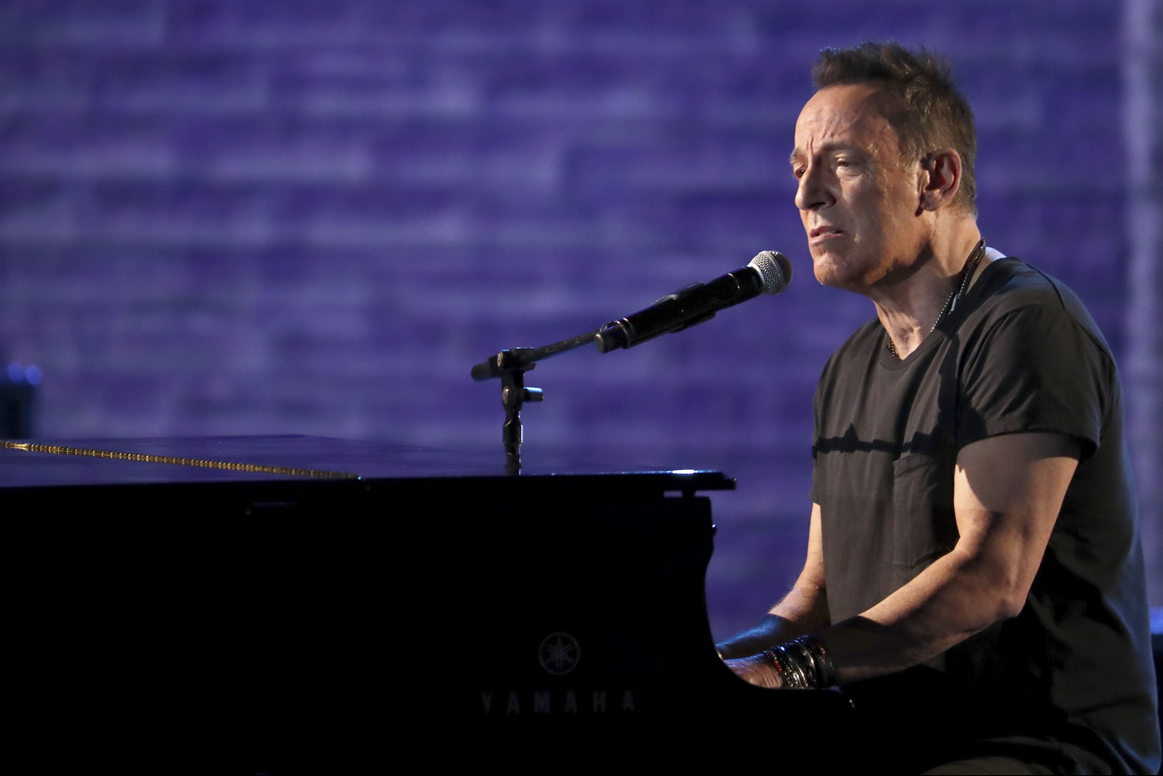 Bruce Springsteen's Tony Awards performance upset some