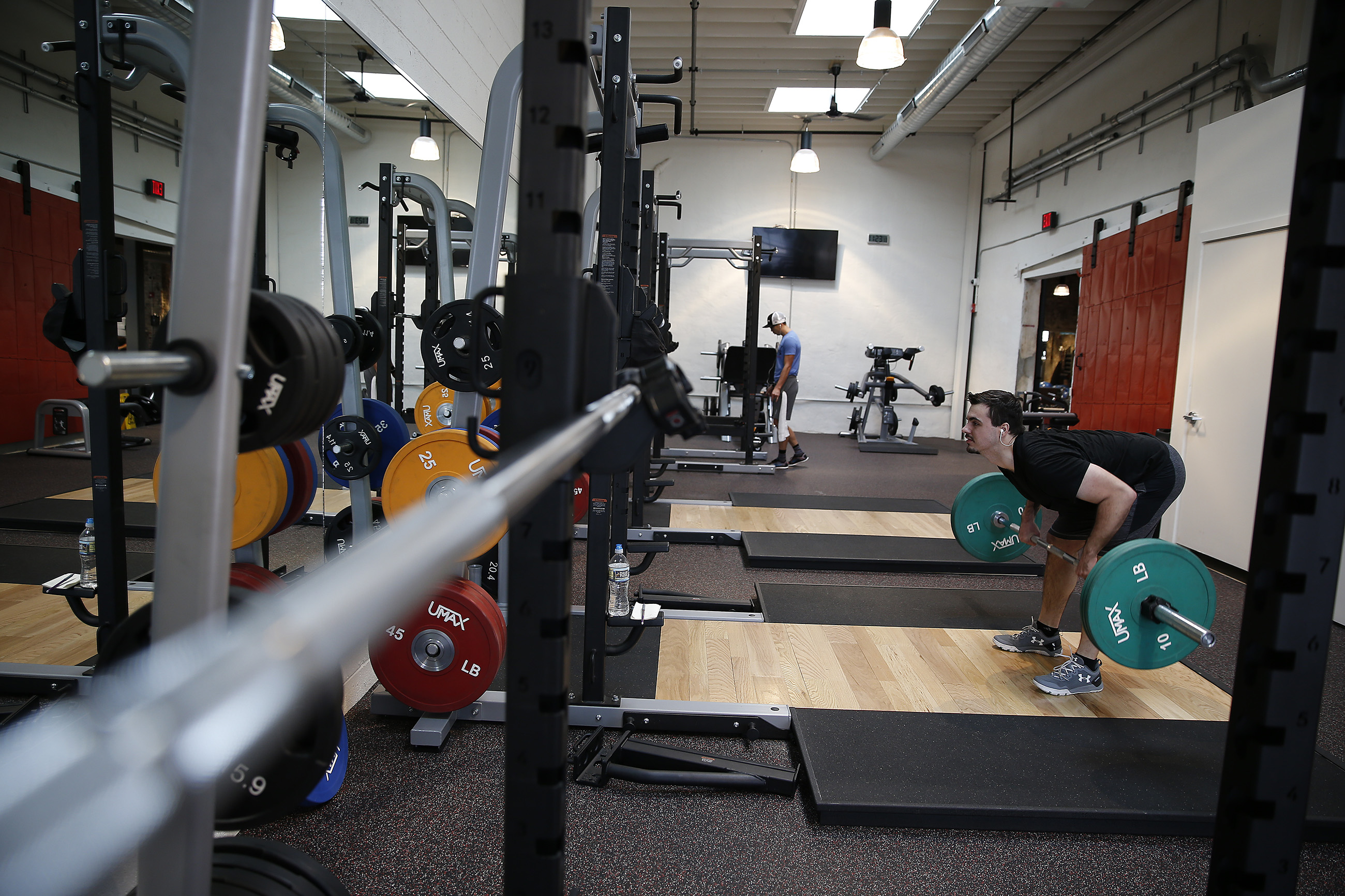 Amid Coronavirus Philly Gyms And Fitness Studios Are Struggling