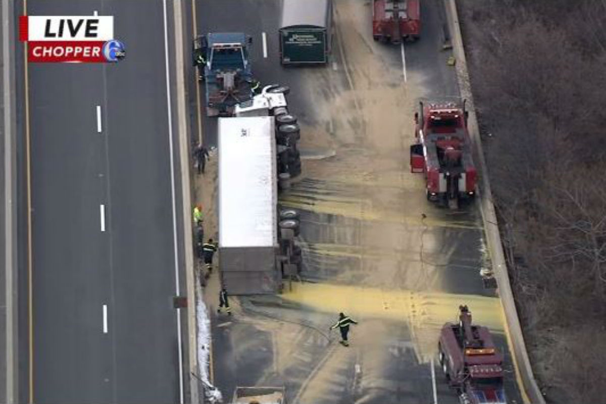 Tractor-trailer carrying egg yolks crashes, drivers scramble
