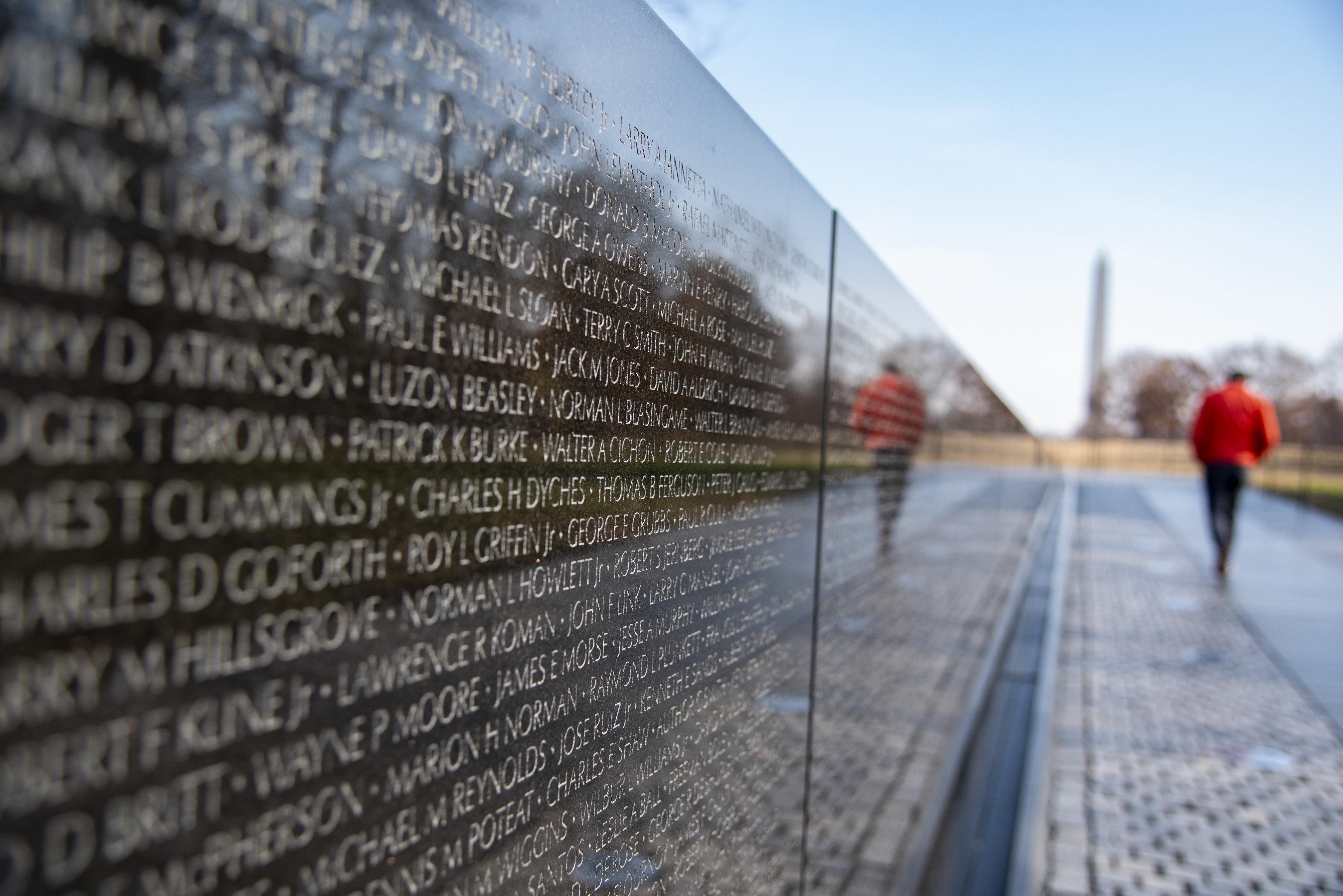 Audit Finds Misspellings Duplicates On Vietnam Wall